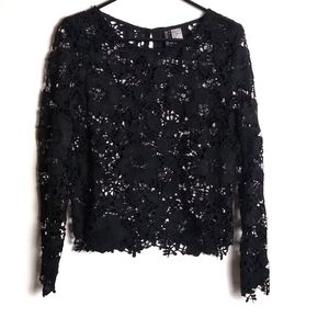 H&M | Black Long Sleeve Lace Top